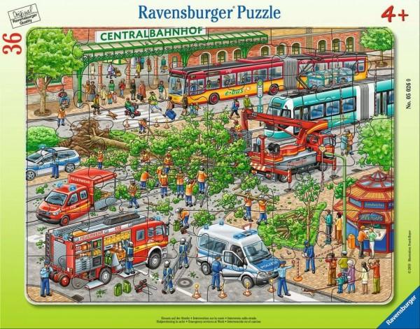 Ravensburger Spiele Kinderpuzzle - Einsatz auf der Straße 36 Teile Spielzeug